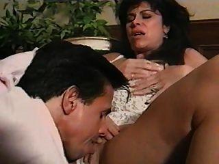 ona nabízí sex mature