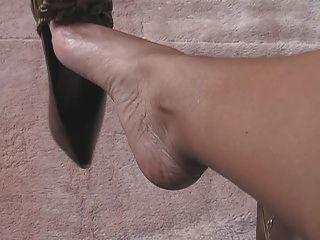 Sexy Feet And Leg Tease