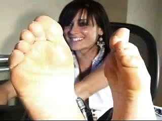 Milf Showing Feet On Webcam