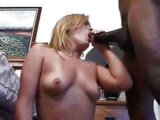 Web cam superstar erika xstacy makes her hardcore debut 3