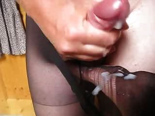 She Asked Me To Cum In Pantyhose