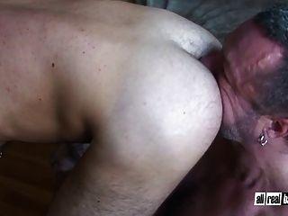 Bodybuilders Fuck Bareback