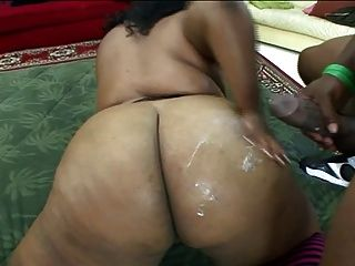 That Thick Sista To Make You Bust Twice