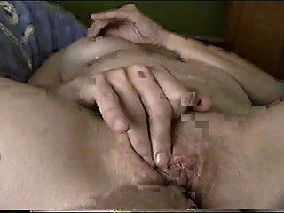 Isabelle Fingering To Orgasm