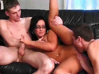 bisexuelle kontakte nackt auf bauernhof