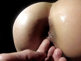 Slutwonder - Popping Hand Out Of Ass