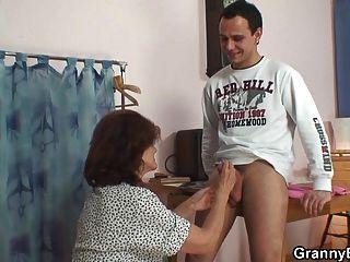 old granny porno chatroulette nude