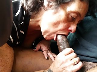 Hottest squirting pussy