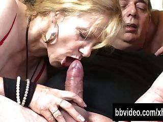 German fat milfs threesome part 1