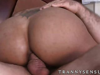 Jaxton Wheeler Stuffing A Brunette Tranny Jessy Dubai Hard