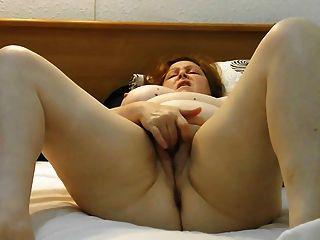 Homemade, Chubby Wife Masturbates Untill Orgasm