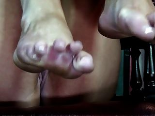 Sexy Naked Milf With French Pedicure Feet Solo