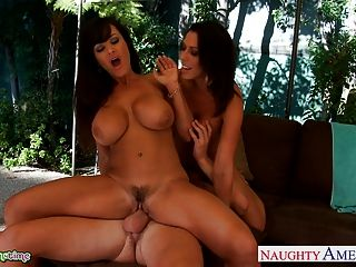 Busty Rachel Starr And Lisa Ann Fuck In Threesome