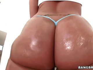 Oiled Ass Kelly Divine Loves Anal Sex