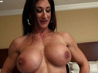 free-fuck-vidz-bodybuilding-grilse-sex-xxx-hot-girl-taking-off-her-clothes