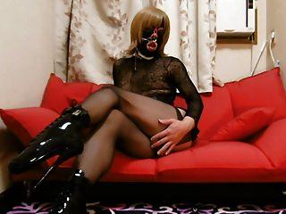 2016-01 Mask & Heels