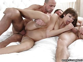Young Sex Parties - Double-fucking Anal Threesome