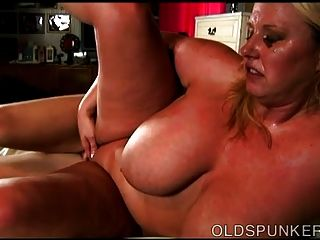 Beautiful Busty Mature Bbw Loves To Eat Cum