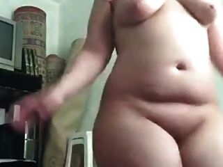 Nice Thick Arab Dancing
