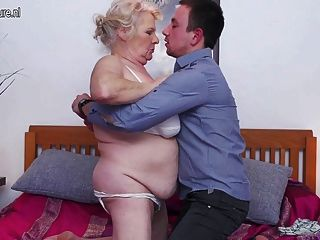 Big Granny Loves To Fuck And Suck Her Toy Boy