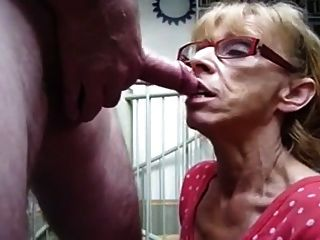Granny Hungry For Cum