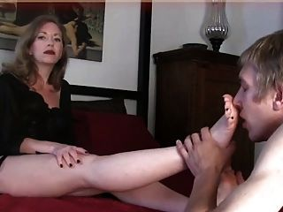 Violett and martha in mature foot fetish