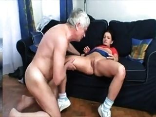 Old Men Cums In Young Pussy