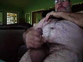 Hairy Daddy Bear Jerking