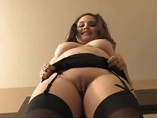 Secretary With Big Boobs And Shaved Pussy Gv00041