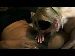 Wife Makes Blowjob To Stranger (estefania)