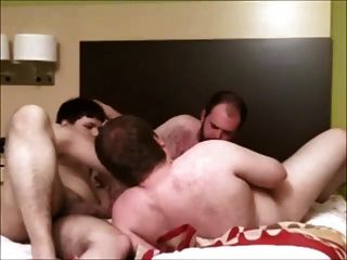 Homemade Chubby Threeway - 3 Fat Guys Getting Down!
