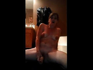 Mummy sends webcam greetings to dadpa - 1 part 2
