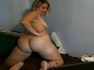 Attractively floppy mature woman - 1 part 1