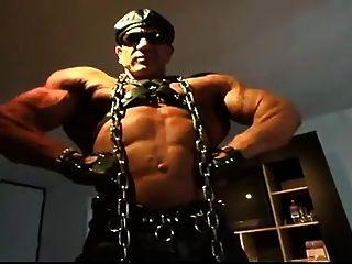 Str8 Angry Daddy Bodybuilder Stroke