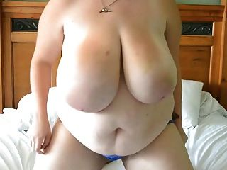 Incredible Sexy Big Beautiful Girl Toys Pussy