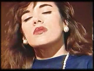 Melodie Kiss