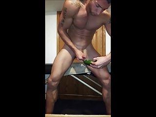Damn Hot Guy Cumming
