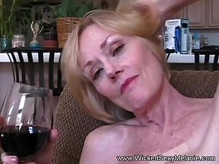 Deepthroat slut soaks my balls in her stomach acid - 1 part 4