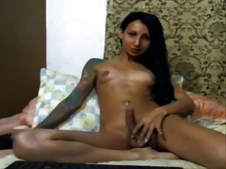 Slim Colombian Shemale Jacking Off And Cums