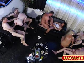sex alleine orgie party