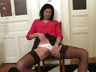 Hot Real Mom And Housewife Shows Off Her Sexy Body