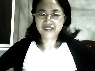 Old Chinese Mifl Show On Webcam Qq2426018977