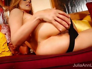 Blonde Milf Julia Ann Masturbates In Red Heels!