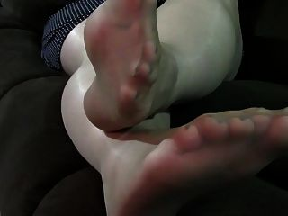 Jennifer Nude Pantyhose Feet Play