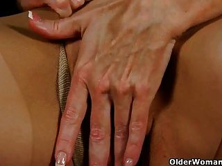 American Moms Betty And Sable Take Care Of Their Wet Pussy