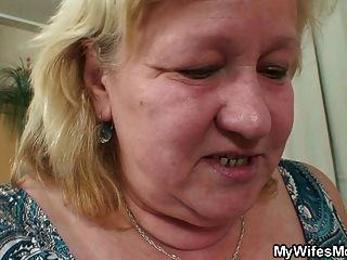 Slim Dude Fucks Huge Granny Inlaw