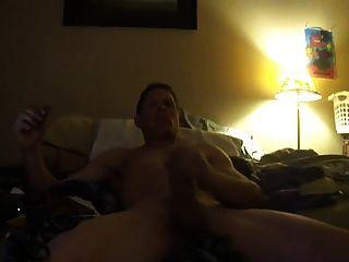 Str8 Men Jerk & Cum Watching Porn