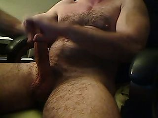 Hot Muscled Bear Hunk Big Dick