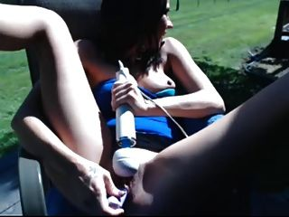 Another One 19yo Love Fucking Her Cunt Outside!