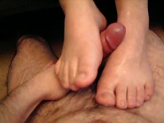 Makis Footjob With Cum